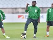 منتخبنا الوطني الأول لكرة القدم يبدأ تدريباته استعدادا لكأس العالم