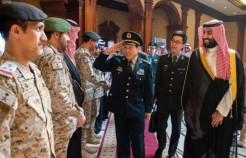 ولي العهد يستعرض العلاقات الثنائية مع وزير الدفاع الصيني