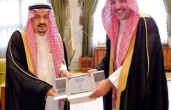 """""""أمير الرياض"""" يستقبل الرئيس التنفيذي للشركة السعودية للخطوط الحديدية"""