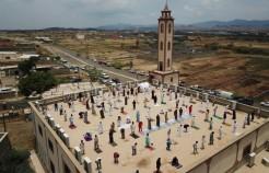 """الشؤون الإسلامية: """"الصلاة فوق أسطح المساجد غير مسموح بها"""""""